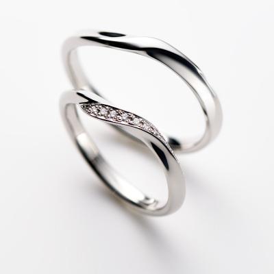 Margurite 結婚指輪 シンプル エレガント S字(ウェーブ) プラチナ