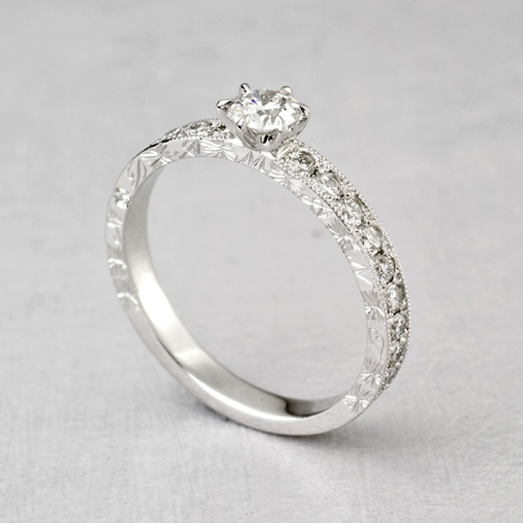 BR856ARO2 婚約指輪 エレガント アンティーク キュート ストレート プラチナ