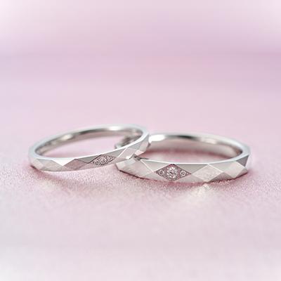 Ibiza 結婚指輪 エレガント 個性派 ストレート プラチナ