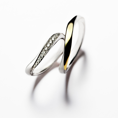 éclairⅡ 結婚指輪 エレガント S字(ウェーブ) プラチナ イエローゴールド コンビ