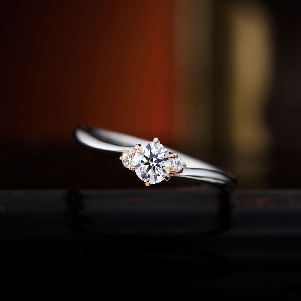 GERANIUM 婚約指輪 エレガント アンティーク S字(ウェーブ) ホワイトゴールド