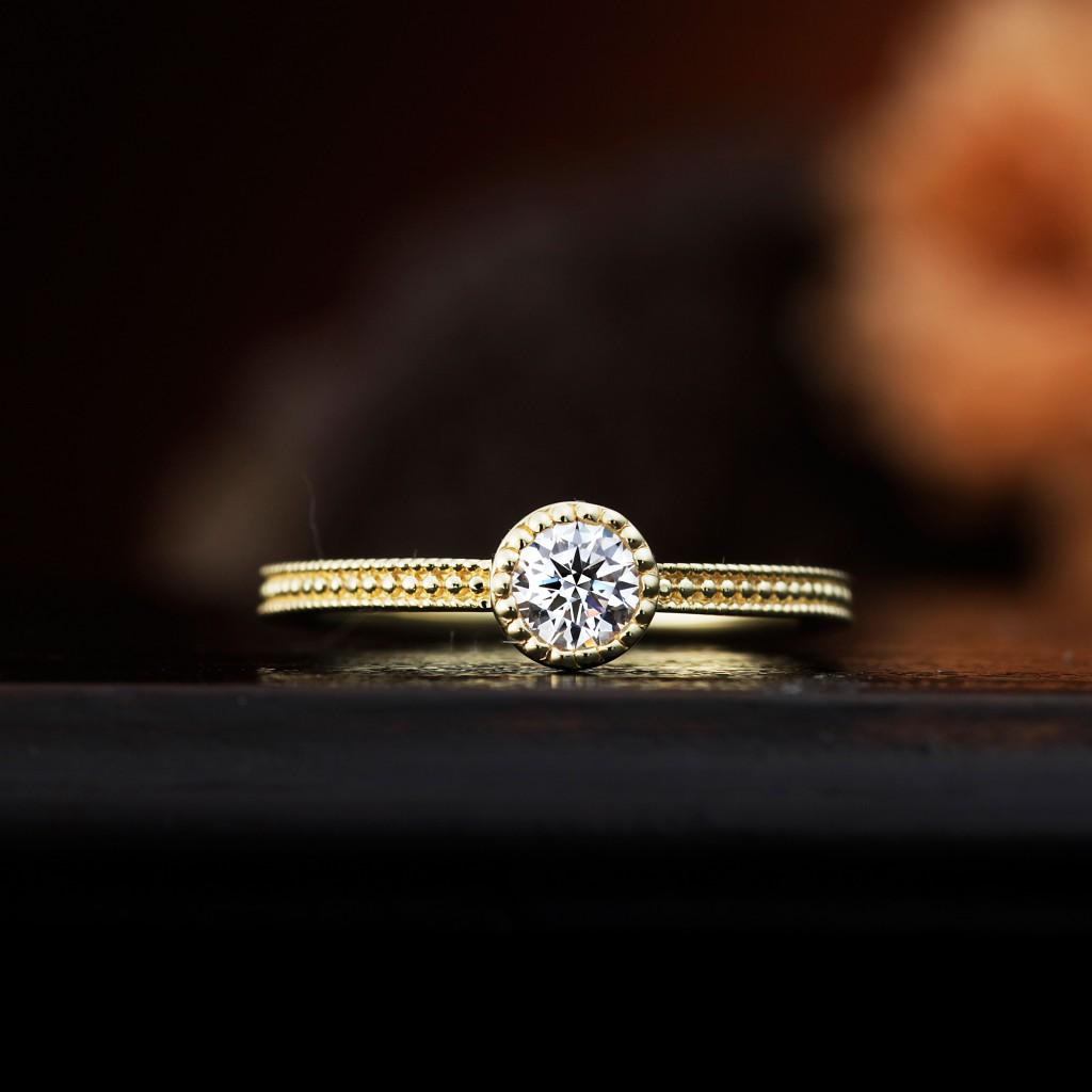 MARGUERITE 婚約指輪 アンティーク キュート ストレート イエローゴールド