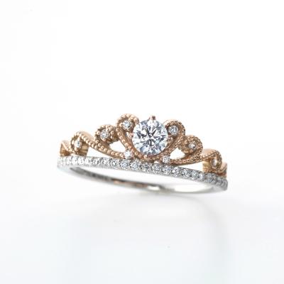 Sarah 婚約指輪 エレガント キュート 個性派 ストレート コンビ