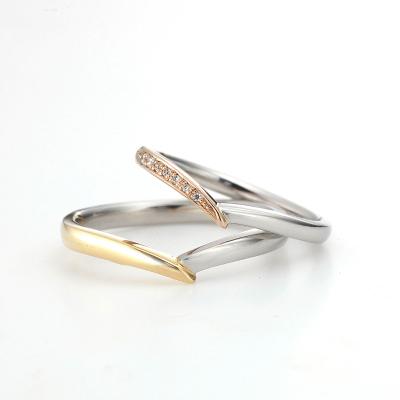 Chouette 結婚指輪 シンプル V字(ウェーブ) コンビ