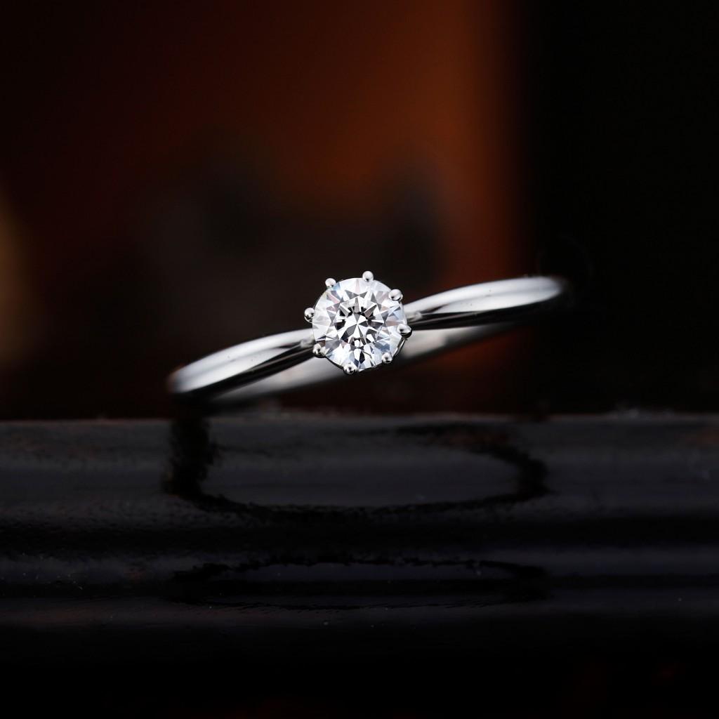 DAISY 婚約指輪 シンプル アンティーク キュート 個性派 ストレート プラチナ