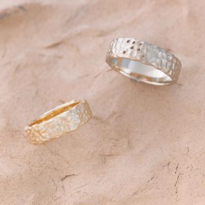 ぽつぽつ 結婚指輪 アンティーク 個性派 ストレート 幅広 イエローゴールド ホワイトゴールド