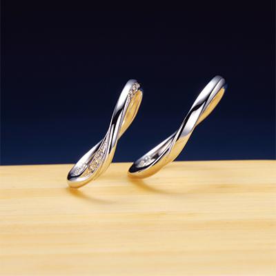 蒼(あお) 結婚指輪 キュート 個性派 S字(ウェーブ) プラチナ