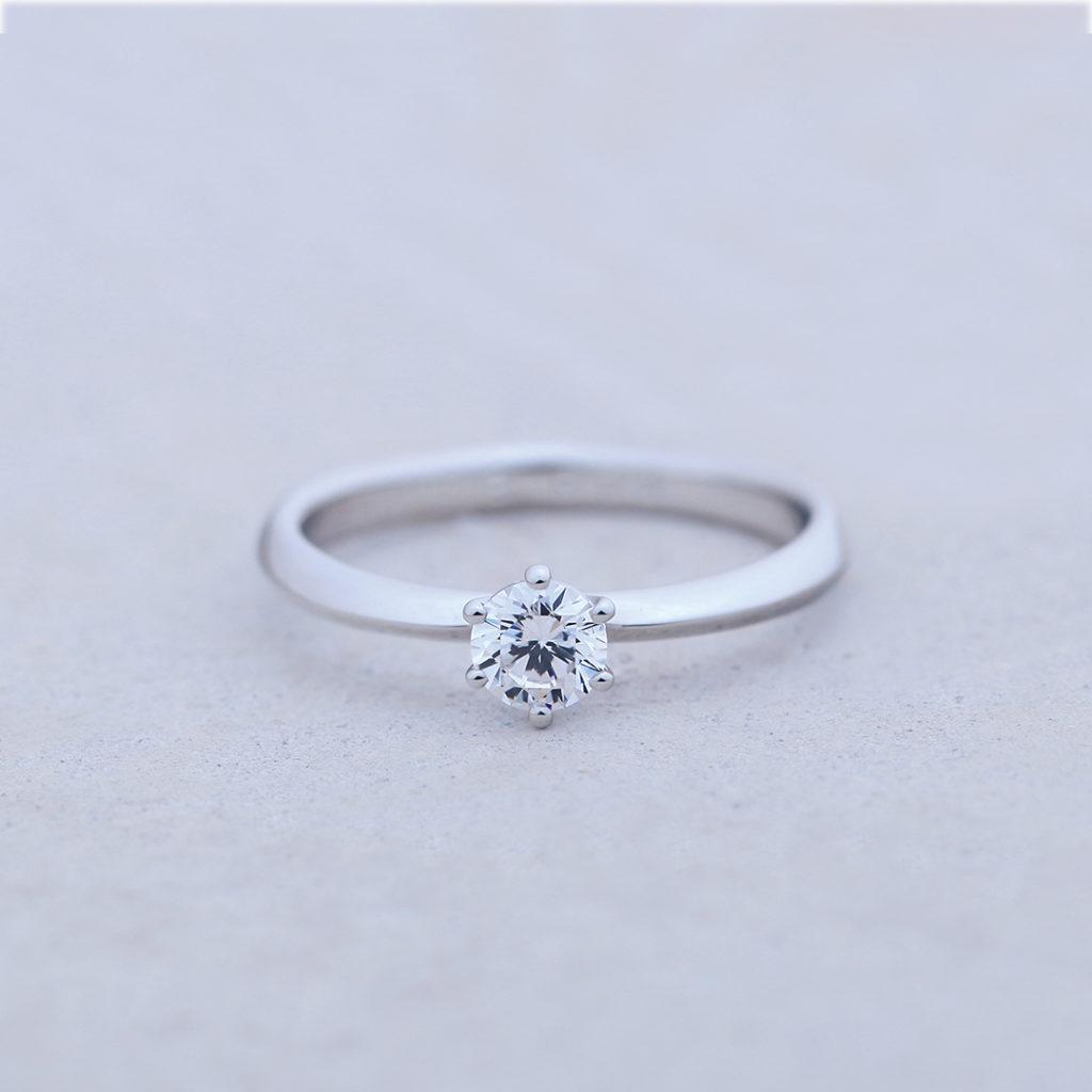 SUNFLOWER-ひまわり- 婚約指輪 シンプル ストレート プラチナ