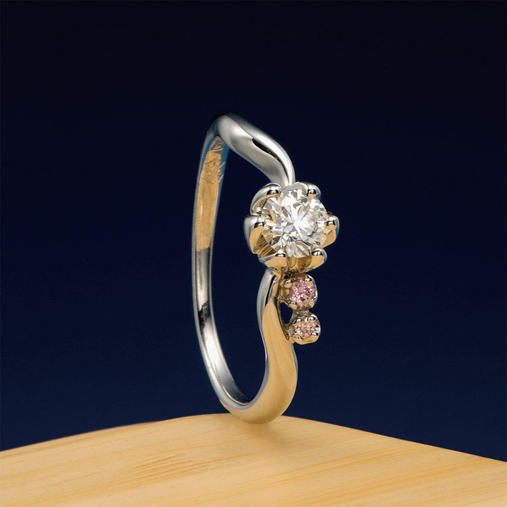 蓮(はす) 婚約指輪 エレガント キュート 個性派 S字(ウェーブ) プラチナ