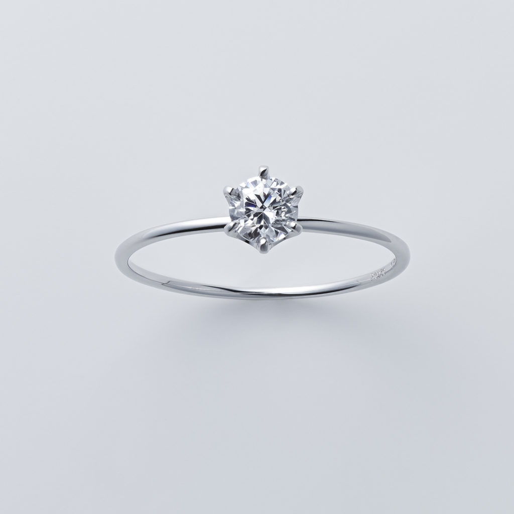 ストレートライン×ラウンドカット 婚約指輪 シンプル ストレート プラチナ