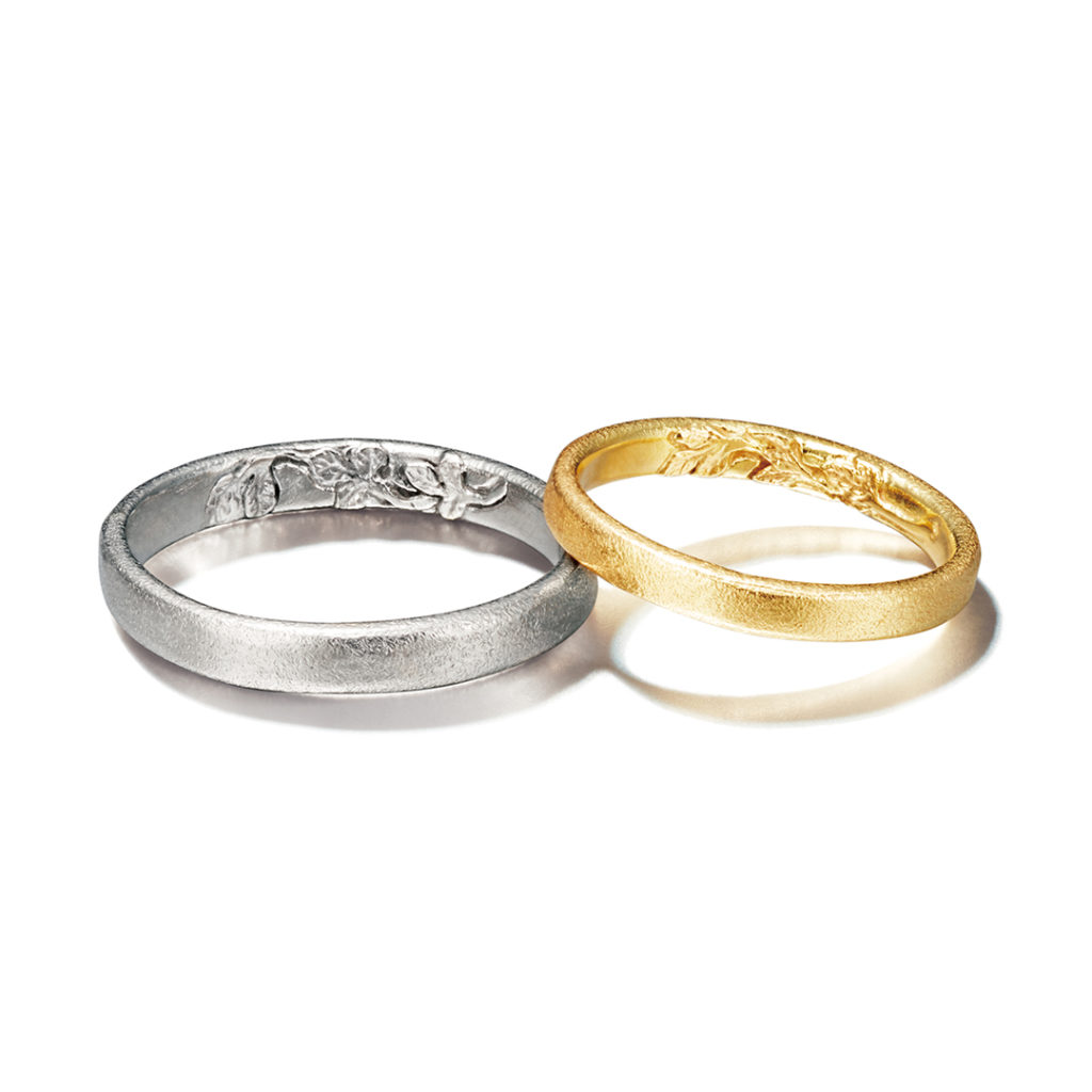 Alex Monroe 結婚指輪 シンプル アンティーク 個性派 ストレート イエローゴールド ホワイトゴールド