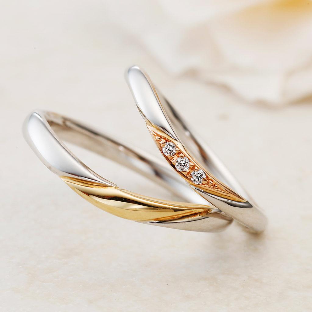 BONHEUR-ボヌール- 結婚指輪 シンプル V字(ウェーブ) コンビ