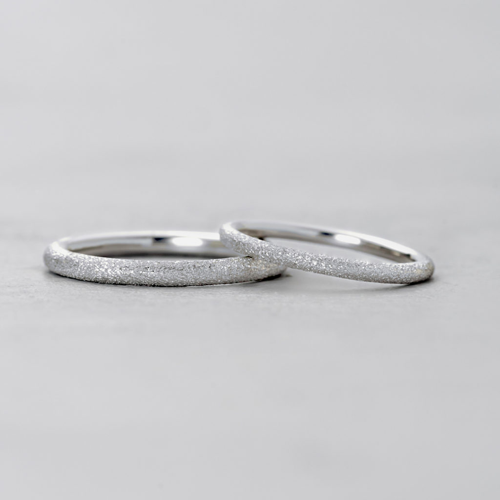 BR725A,BR725B 結婚指輪 シンプル 個性派 ストレート プラチナ