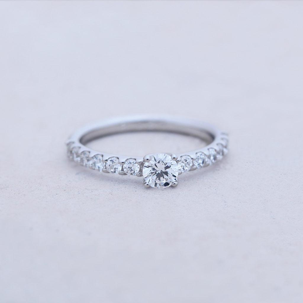 CASABLANCA 婚約指輪 エレガント エタニティ プラチナ