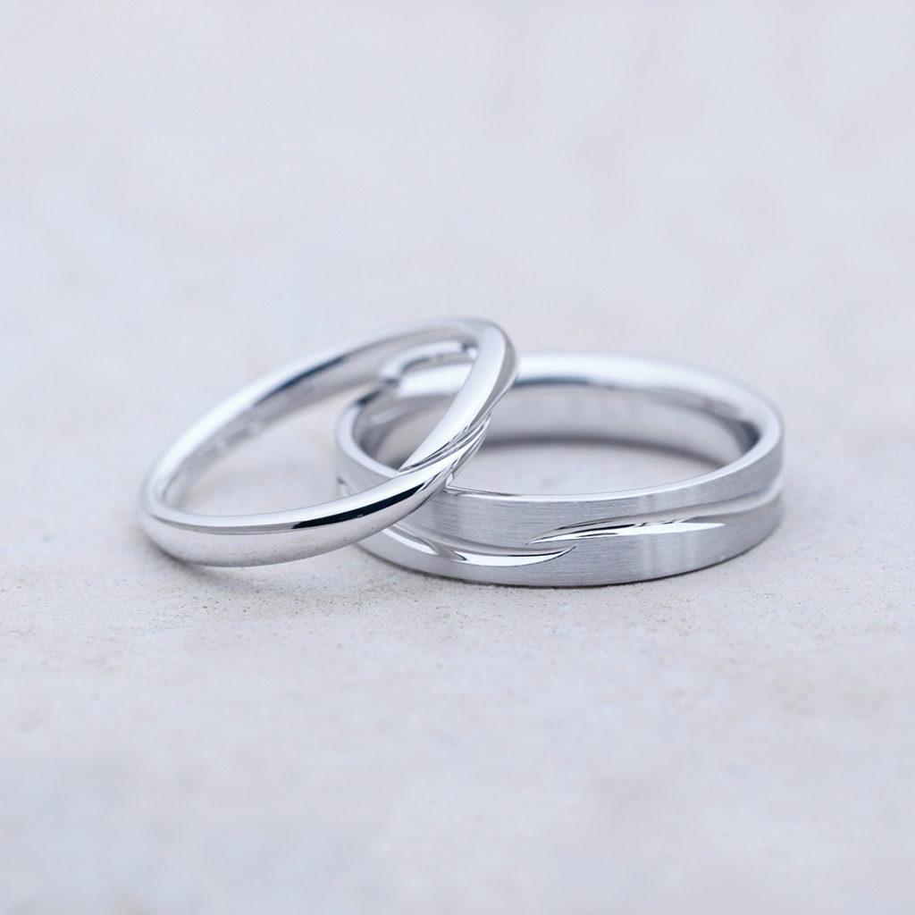 CLEMATIS 結婚指輪 シンプル V字(ウェーブ) プラチナ