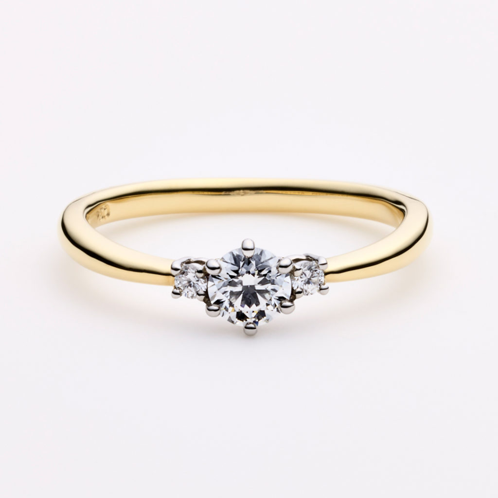 LUMEN 婚約指輪 エレガント アンティーク V字(ウェーブ) プラチナ イエローゴールド コンビ