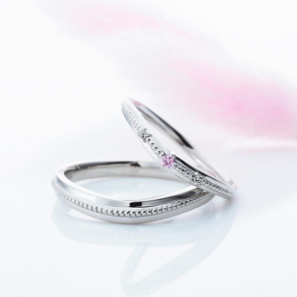 La Trinite 結婚指輪 シンプル キュート V字(ウェーブ) プラチナ
