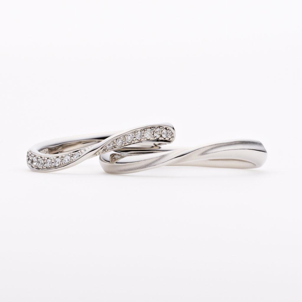 OLA 結婚指輪 シンプル エレガント S字(ウェーブ) プラチナ