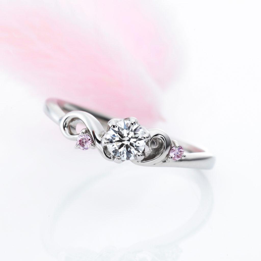 Opening- 婚約指輪 エレガント キュート 個性派 S字(ウェーブ) プラチナ