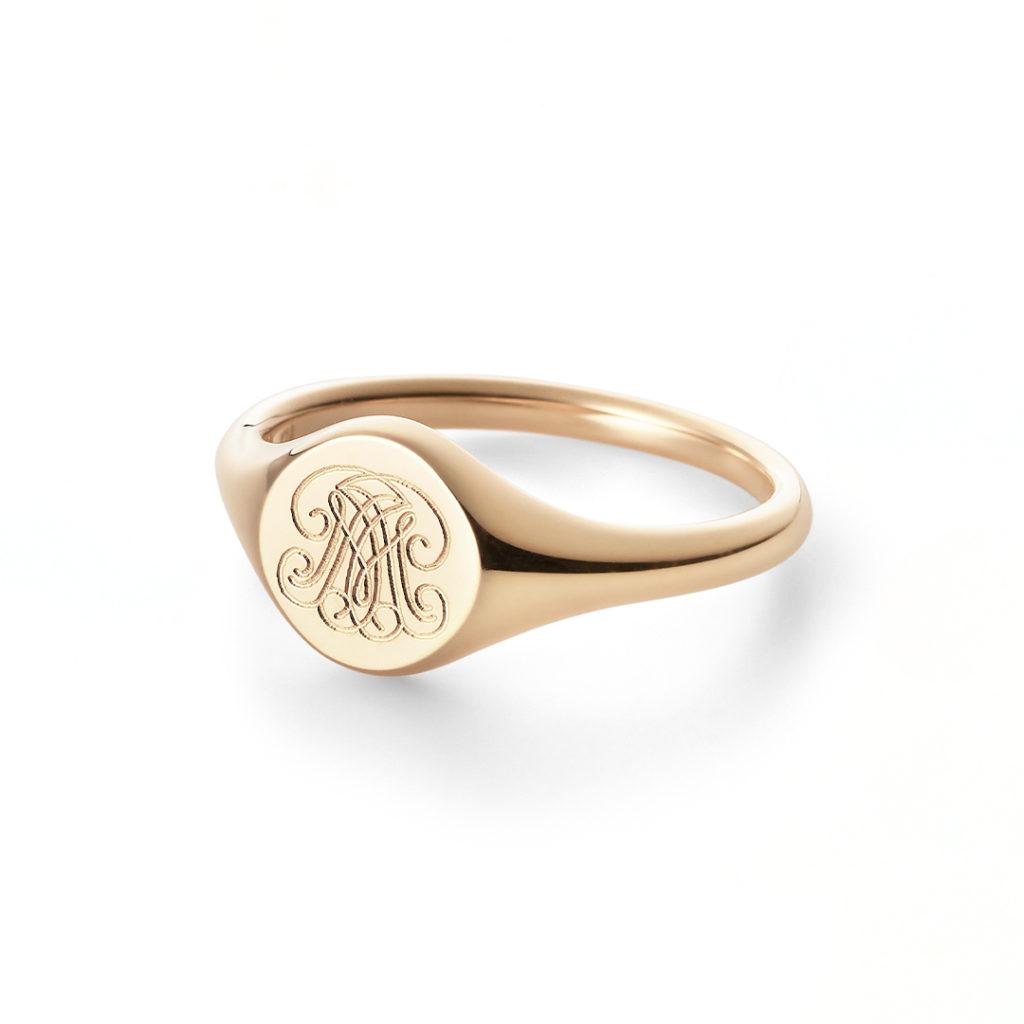 Signet Ring 結婚指輪 アンティーク キュート 個性派 ストレート 幅広 イエローゴールド