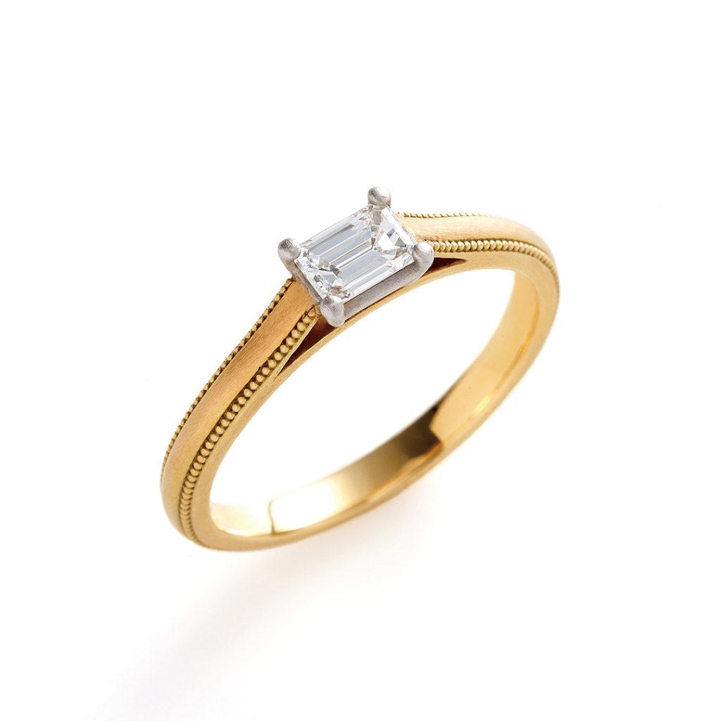 aiuola 婚約指輪 アンティーク 個性派 ストレート イエローゴールド