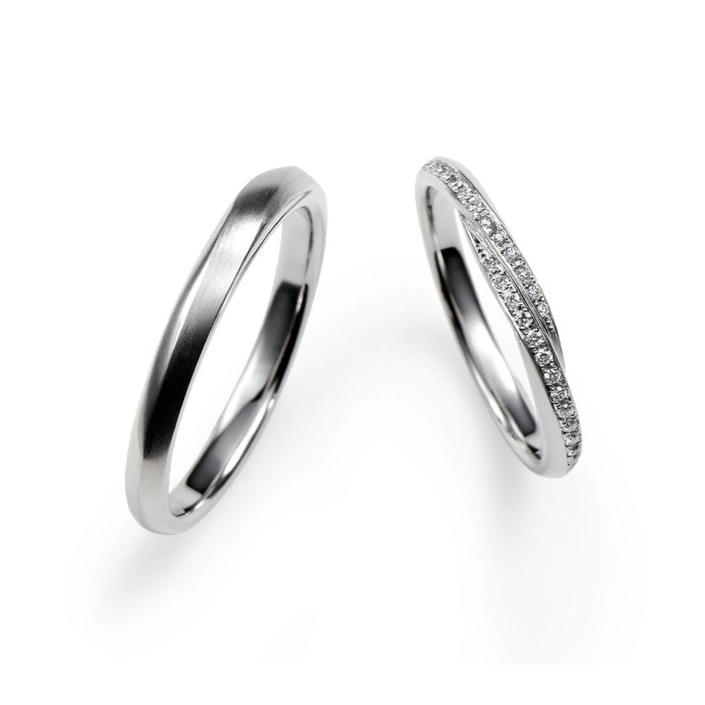 春の心 結婚指輪 シンプル エレガント ストレート S字(ウェーブ) プラチナ