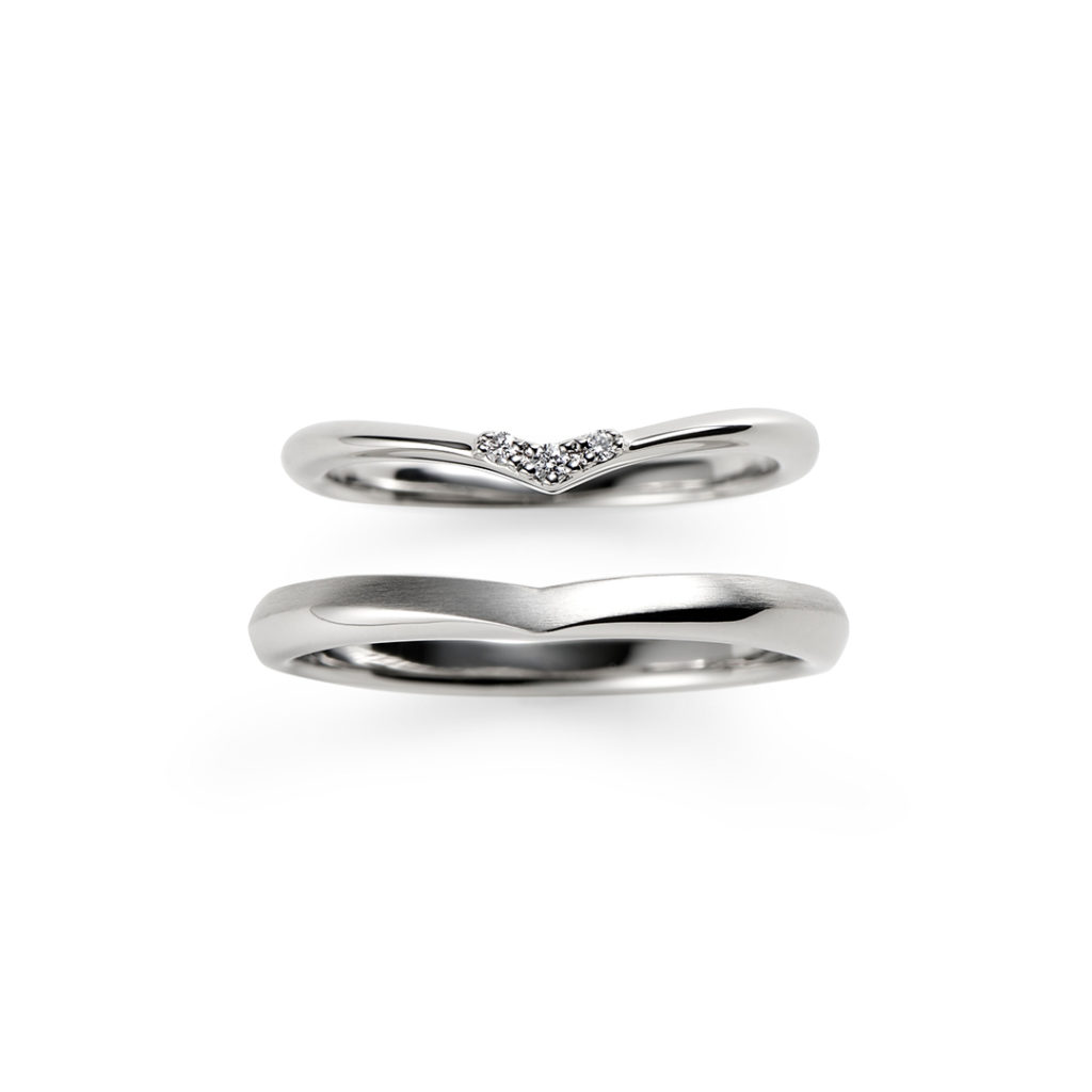 日向 結婚指輪 シンプル キュート V字(ウェーブ) プラチナ